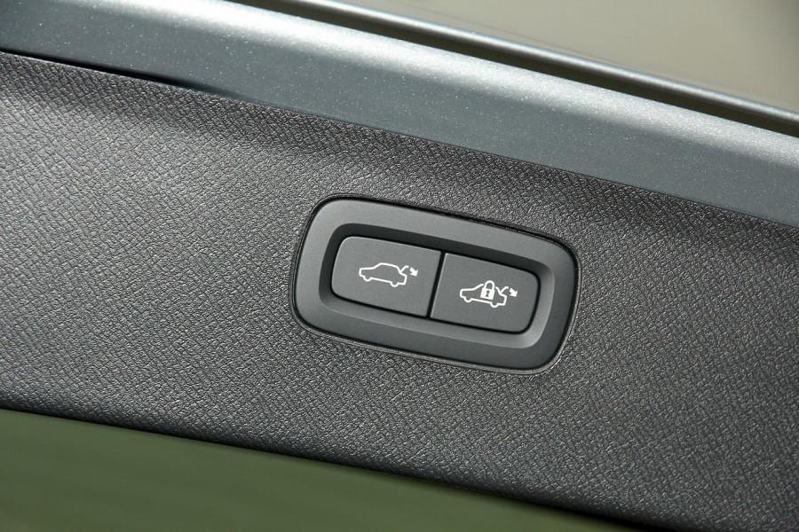 2018 MY19 Volvo XC90 L Series T6 Inscription Suv Image 9