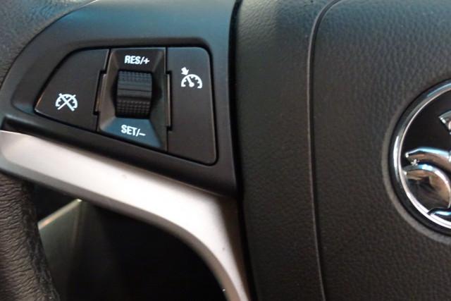 2015 Holden Cruze SRi 22 of 28