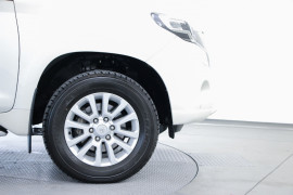 2016 Toyota Landcruiser Prado GDJ150R VX Suv Image 5