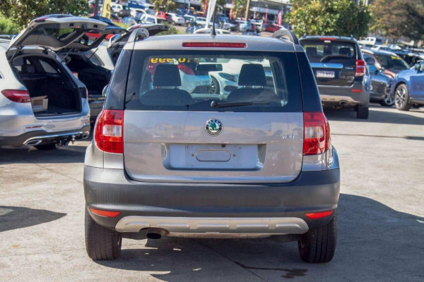 2012 Skoda Yeti 5L 77 TSI (4x2) Wagon Image 4