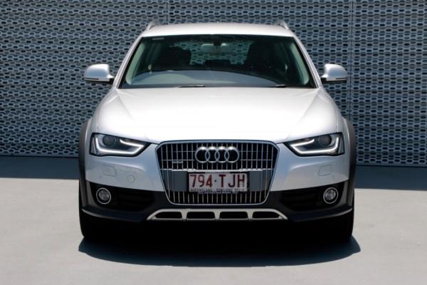 2013 Audi A4 B8 8K MY13 allroad Wagon Image 2