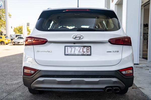 2018 Hyundai Santa Fe DM5  Active Suv Image 5