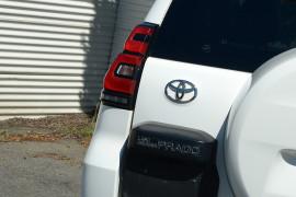 2019 Toyota Landcruiser Prado GDJ150R GXL Suv image 13