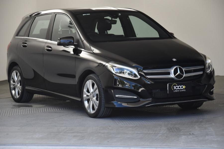2015 Mercedes-Benz B-class W246 B200 CDI Hatchback