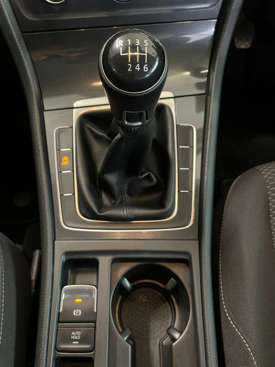 2017 MY18 Volkswagen Golf 7.5  110TSI Hatchback Image 17