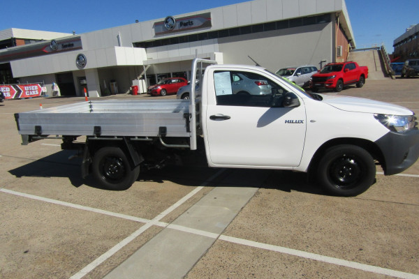 2018 Toyota HiLux WorkMate 4x2 Single-Cab Cab-Chassis Cab chassis