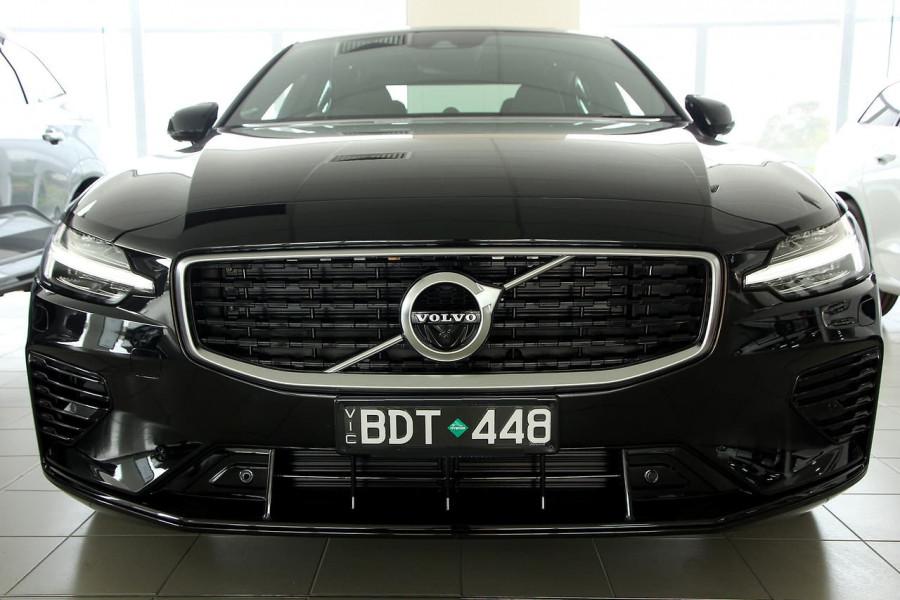 2019 MY20 Volvo S60 Z Series T8 R-Design Sedan Image 2