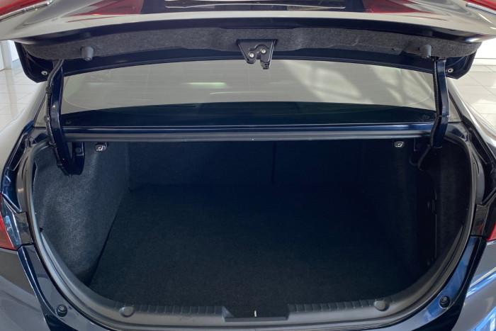 2015 Mazda 3 BM5278 Neo Sedan Image 10