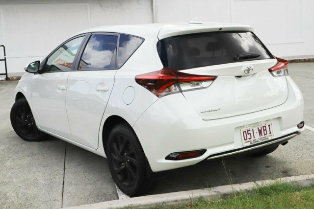 2015 Toyota Corolla ZRE182R Ascent Sport Hatchback Image 2