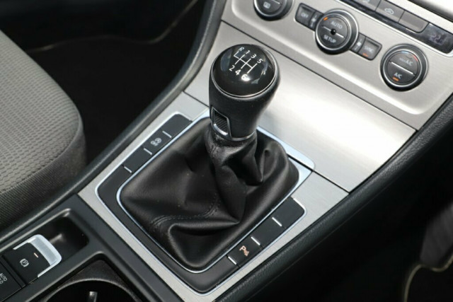 2013 MY14 Volkswagen Golf VII MY14 90TSI Comfortline Hatchback Image 22