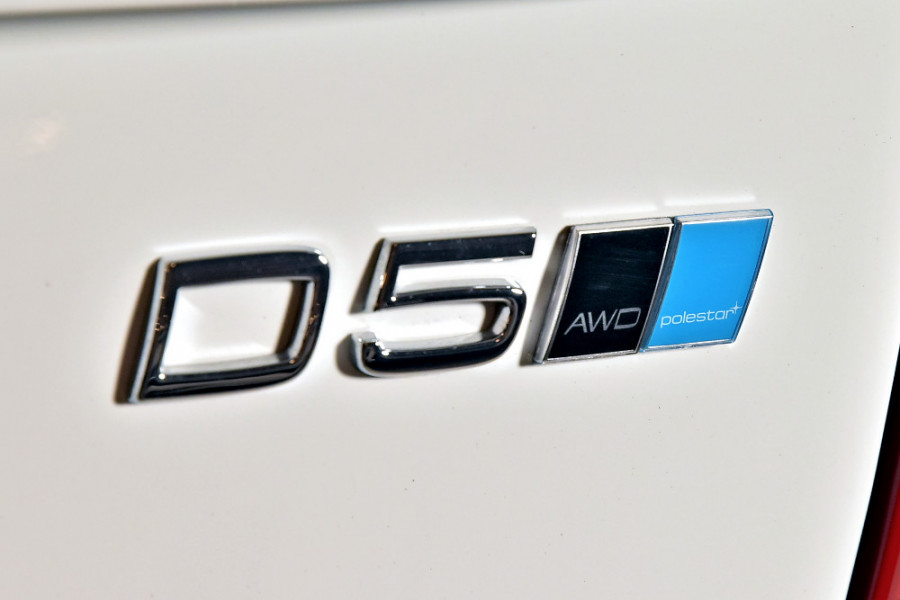 2019 Volvo XC90 L Series D5 Momentum Suv Mobile Image 23