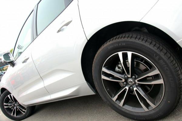 2018 MY19 Volvo XC60 UZ T5 Momentum Suv Image 5