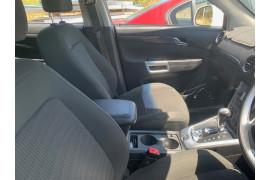 2012 Holden Captiva CG SERIES II MY12 5 Suv Image 5