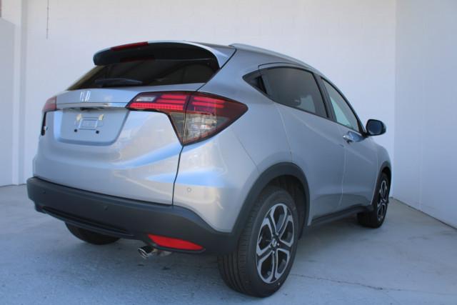 2021 Honda HR-V VTi-LX Suv Image 5