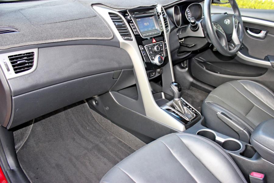 2014 Hyundai i30 GD2 Trophy Hatchback Image 10
