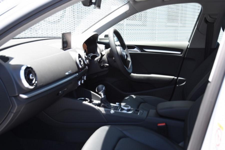 2019 Audi A3 Hatchback Image 6