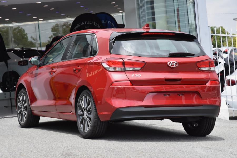 2019 Hyundai i30 PD2 Elite Hatchback Image 3