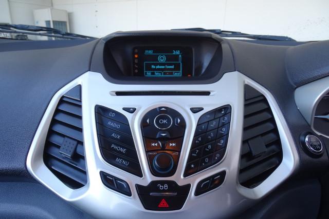 2016 Ford EcoSport Titanium 17 of 23