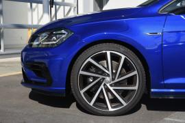 2020 Volkswagen Golf 7.5 R Hatchback Image 5
