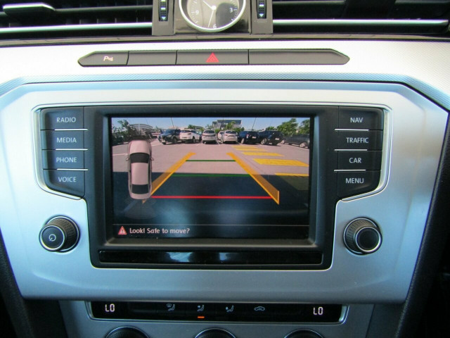 2015 MY16 Volkswagen Passat 3C (B8) MY16 132TSI DSG Sedan Mobile Image 16
