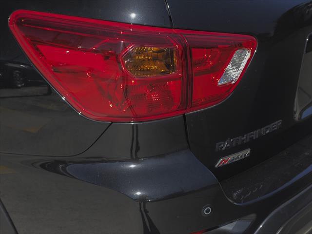 2019 Nissan Pathfinder R52 Series III MY19 ST+ N-TREK Suv Image 16