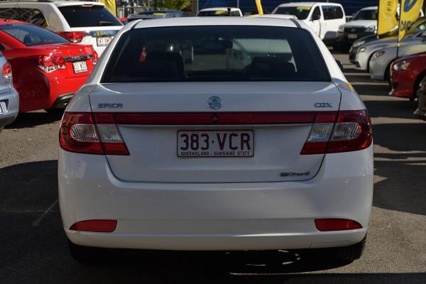 2010 Holden Epica EP MY10 CDX Sedan Image 4