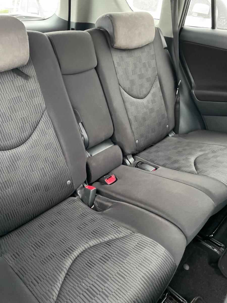 2009 MY10 Toyota RAV4 Image 9