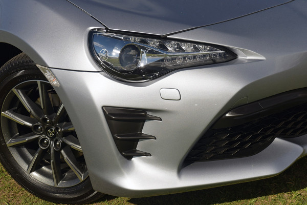 2017 Toyota 86 ZN6 GT Coupe Image 2