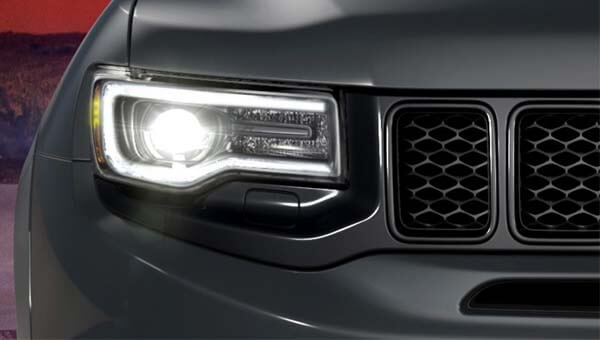 Grand Cherokee SRT Advanced Headlamps