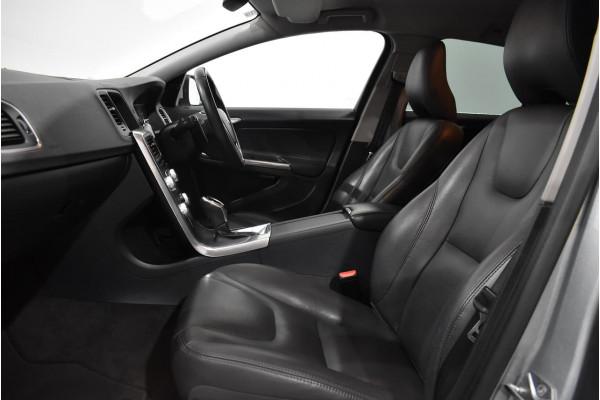 2016 Volvo V60 (No Series) MY17 D4 Luxury Wagon Image 4