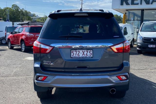 2017 MY16.5 Isuzu Ute MU-X LS-T Wagon Image 4