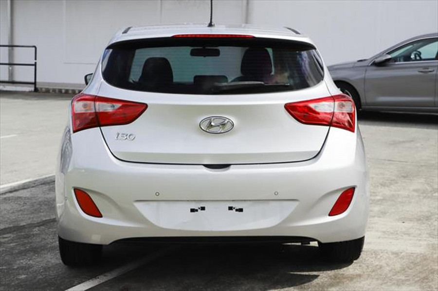 2015 Hyundai I30 GD3 Series II MY16 Active Hatchback Image 3