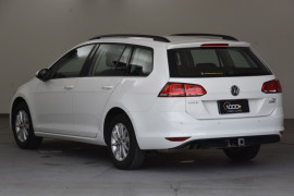 2015 MY16 Volkswagen Golf 7 92TSI Wagon Image 3