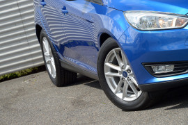 2016 Ford Focus LZ TREND Hatchback image 17