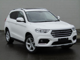 Haval H2 Luxury With Red/black Interior