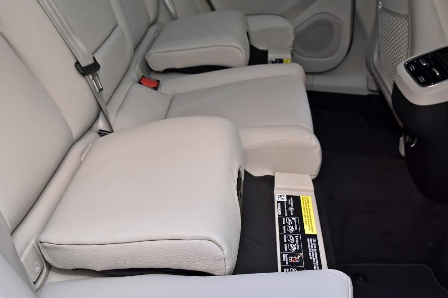 2019 Volvo XC60 UZ D4 Inscription Suv Mobile Image 20