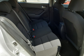 2016 MY17 Kia Cerato YD  S Hatchback
