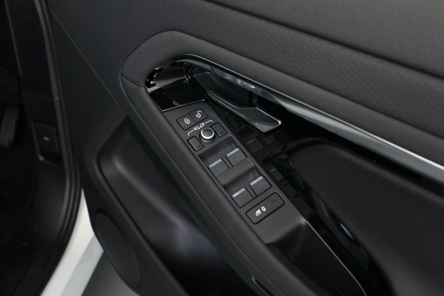 2020 MY20.5 Land Rover Range Rover Evoque Suv Image 22