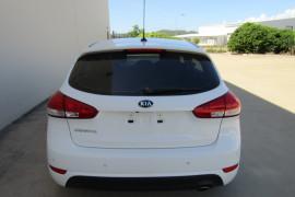 2014 MY15 Kia Cerato YD MY15 S PREMIUM Hatchback Image 4