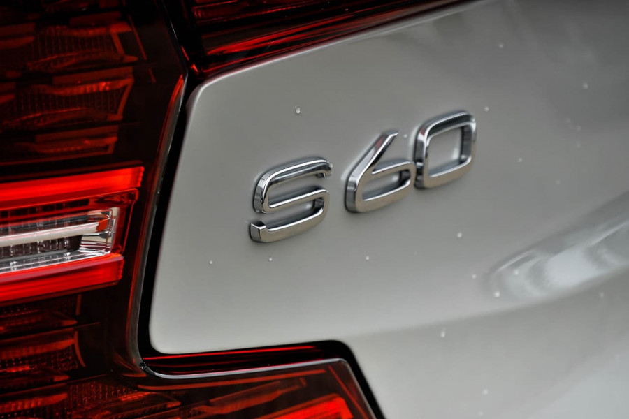 2019 MY20 Volvo S60 (No Series) T5 Inscription Sedan Image 18
