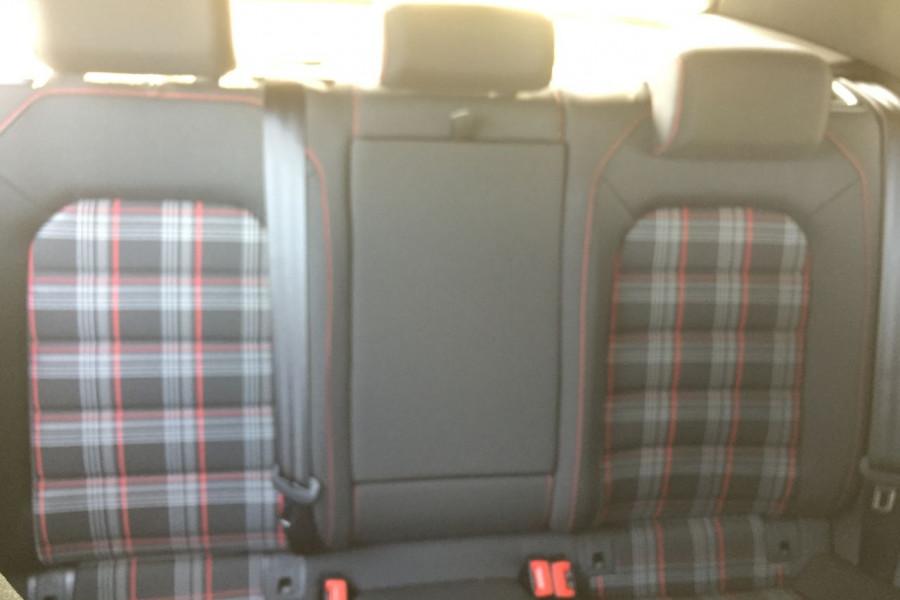 2019 Volkswagen Golf 7.5 GTi Hatchback Image 14