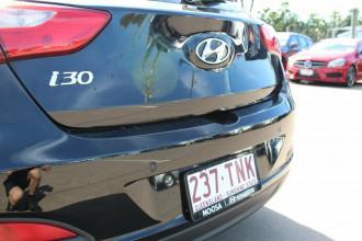 2013 Hyundai i30 GD SE Coupe Hatchback Image 5