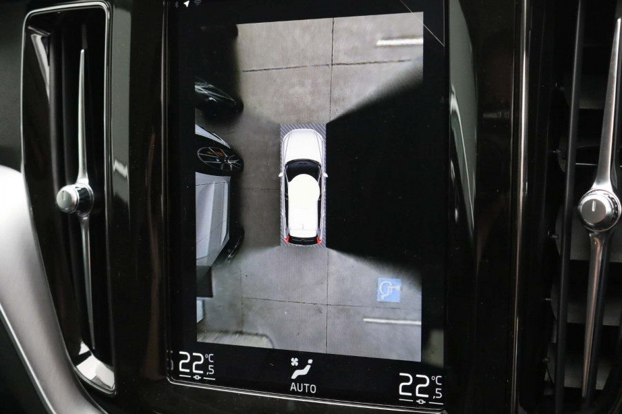 2021 Volvo XC60 UZ D4 Momentum Suv Image 15