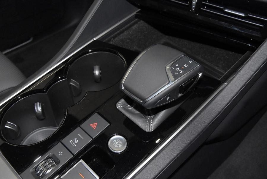 2020 MY21 Volkswagen Touareg CR 210TDI R-Line Suv Image 23