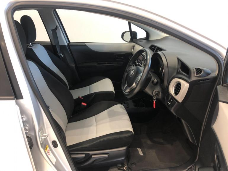 2013 Toyota Yaris NCP130R YR Hatchback Image 9