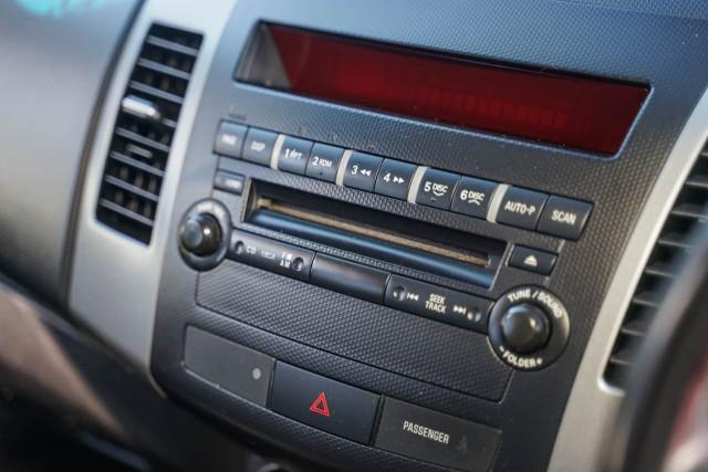 2009 Mitsubishi Outlander ZH MY10 LS Suv Image 4