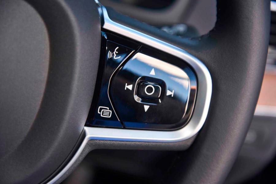 2019 MY18 Volvo XC90 L Series T6 Inscription Suv Mobile Image 17