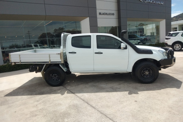 2018 MY17 Isuzu Ute D-MAX MY17 SX Cab chassis Mobile Image 6