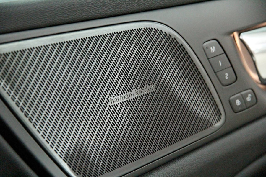 2021 Volvo S60 Z Series T5 R-Design Sedan Image 6