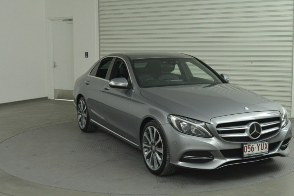 2014 Mercedes-Benz C250 W205 BlueTEC Sedan Image 2